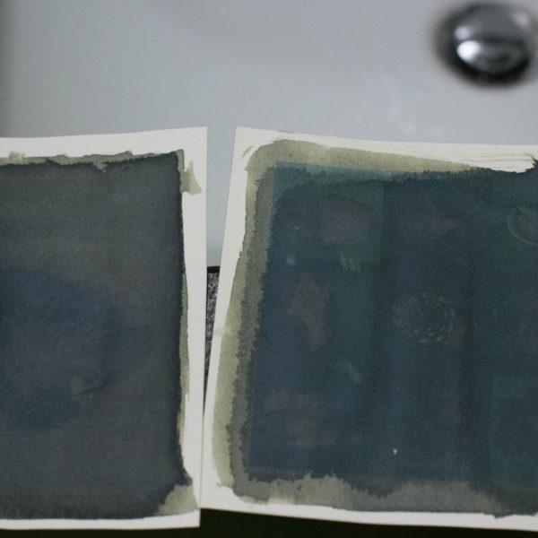 Dopo 4 minuti al sole la carta si presenta così. La fotografia appare solo abbozzata e pare che l'esperimento sia fallito!