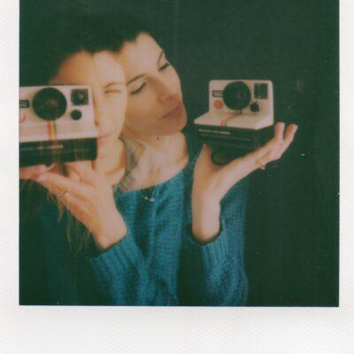 Doppia esposizione davanti allo specchio di Serena Polidoro